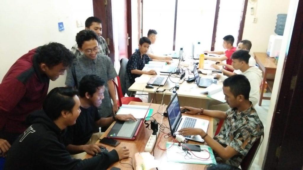 lembaga pelatihan kerja berbasis kompetensi di surabaya